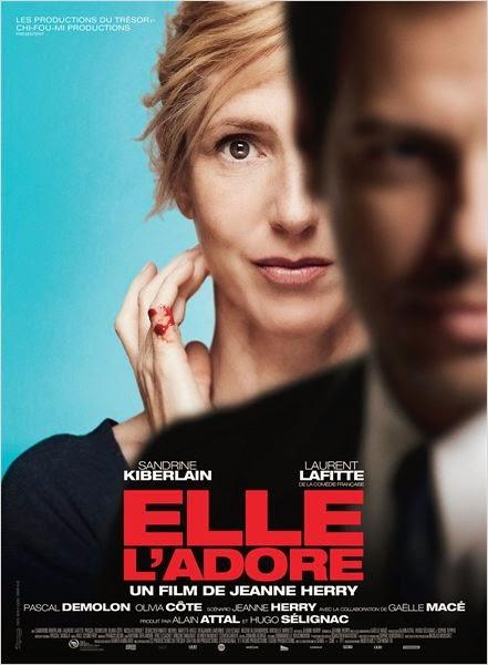 """[Critique] """"Elle l'adore"""" (2013) : Histoire d'une groupie mythomane 1 image"""
