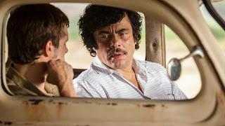 """""""Paradise Lost"""" (2014), le paradis est perdu, sauf pour le spectateur / """"Escobar: Paradise Lost"""" (2014), except for the spectator 3 image"""