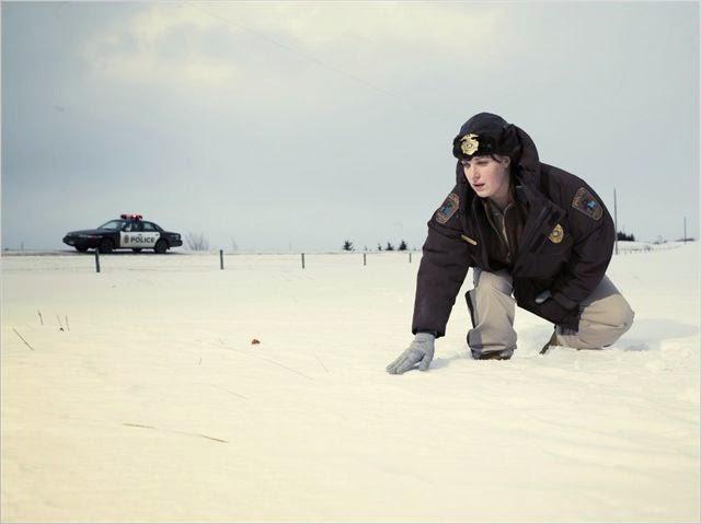 Molly mène l'enquête, dans la neige