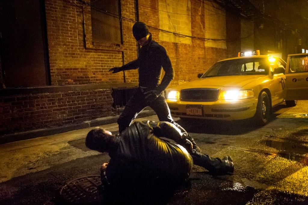 """[Critique] """"Daredevil"""" saison 1 : Une série coups de poing ! 5 image"""