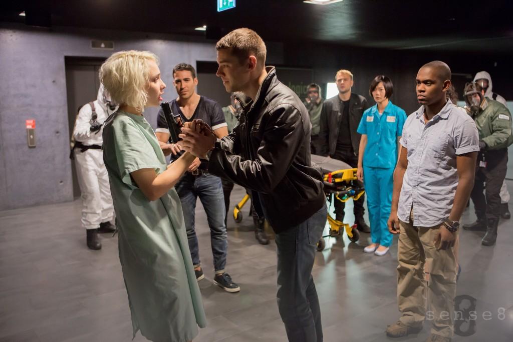 """[CRITIQUE] """"Sense8"""" (2015) saison 1 des Wachowski 1 image"""