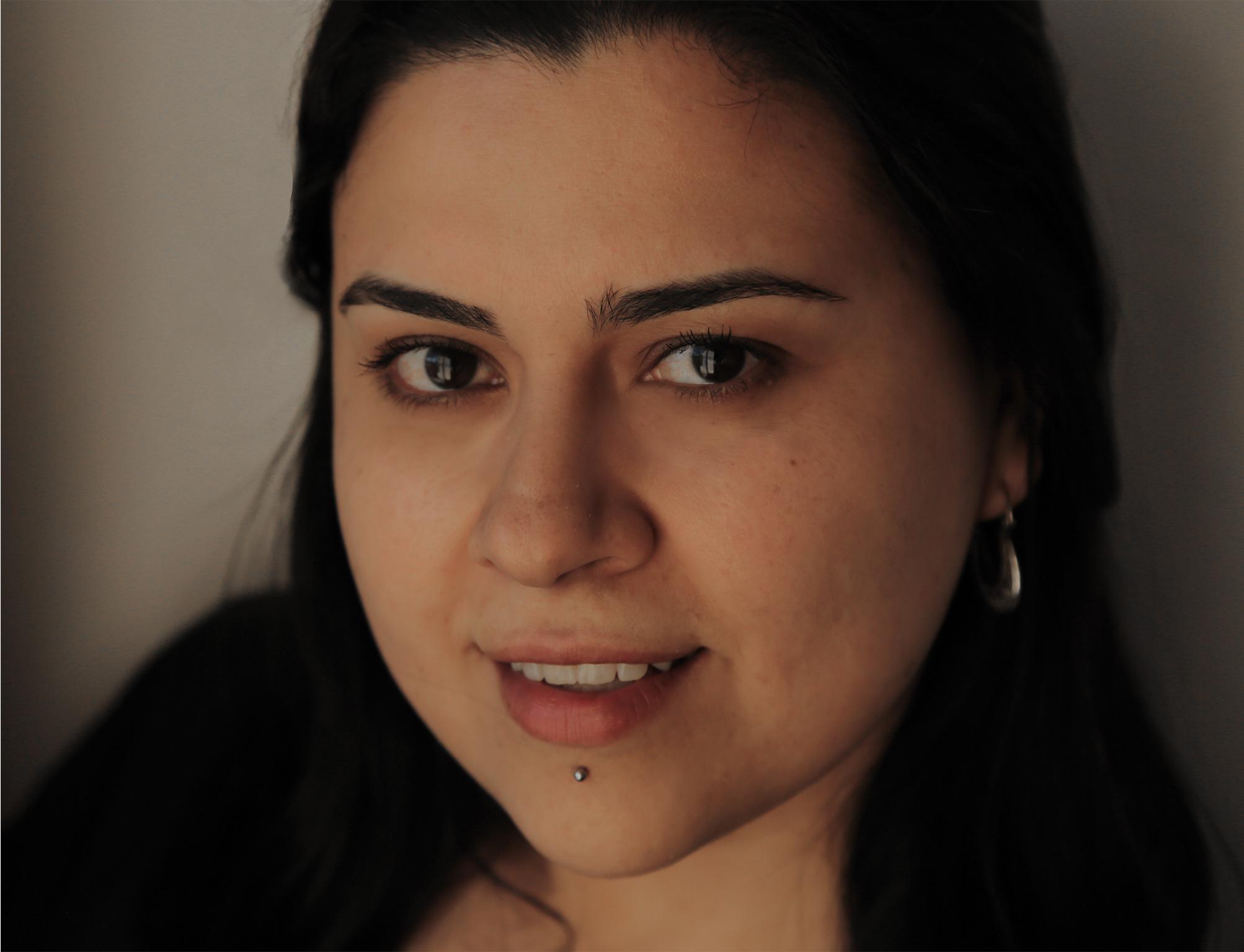 Ana V. Bojórquez -La Casa Más Grande del Mundo