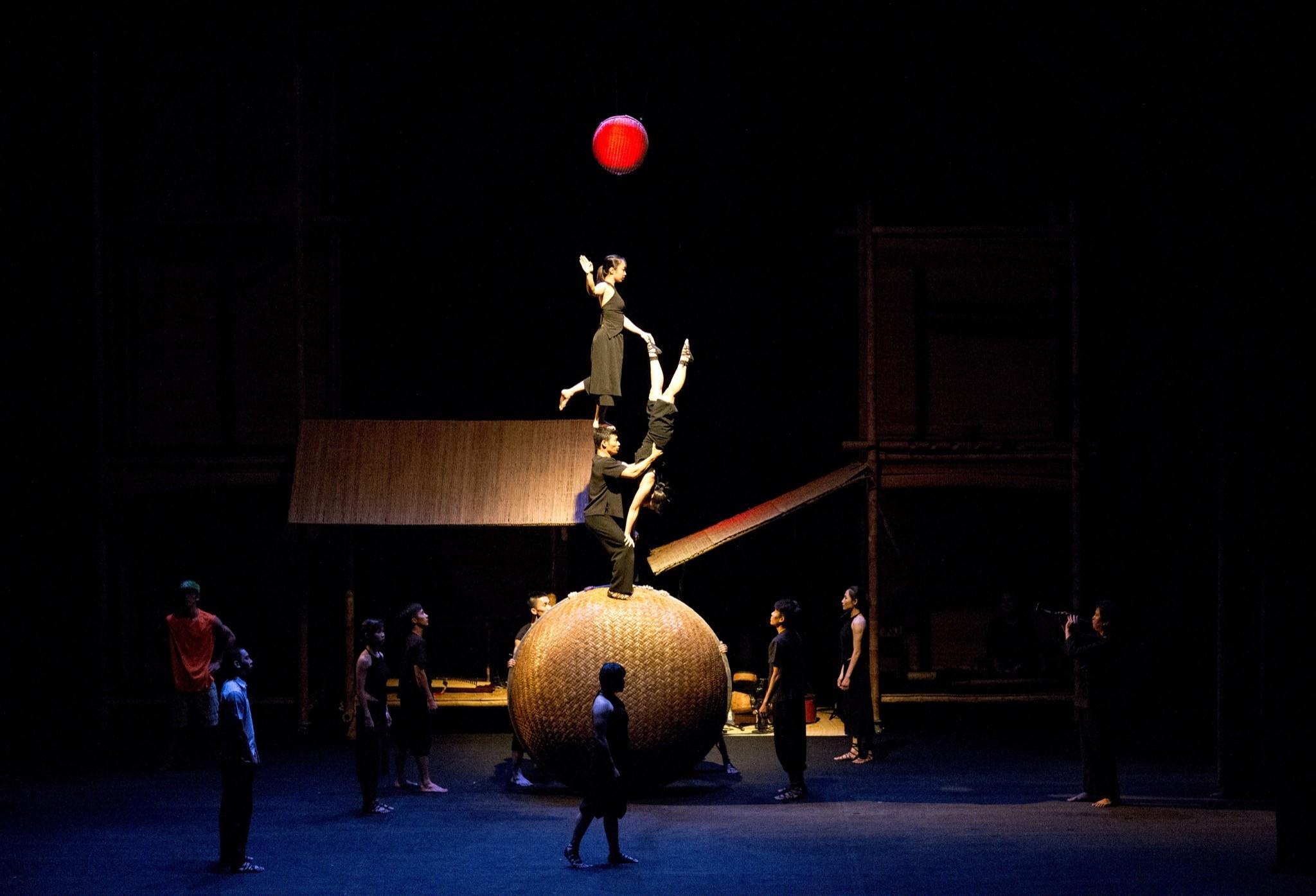 100%-Aolangpho 2 - cirque Vietnam - (C) Nguyen The Duong