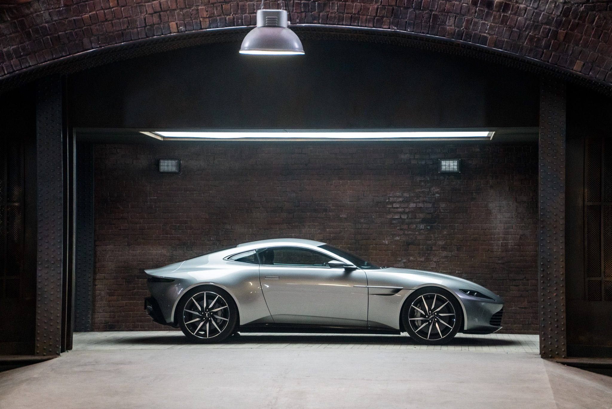 50 ans de style Bond-1