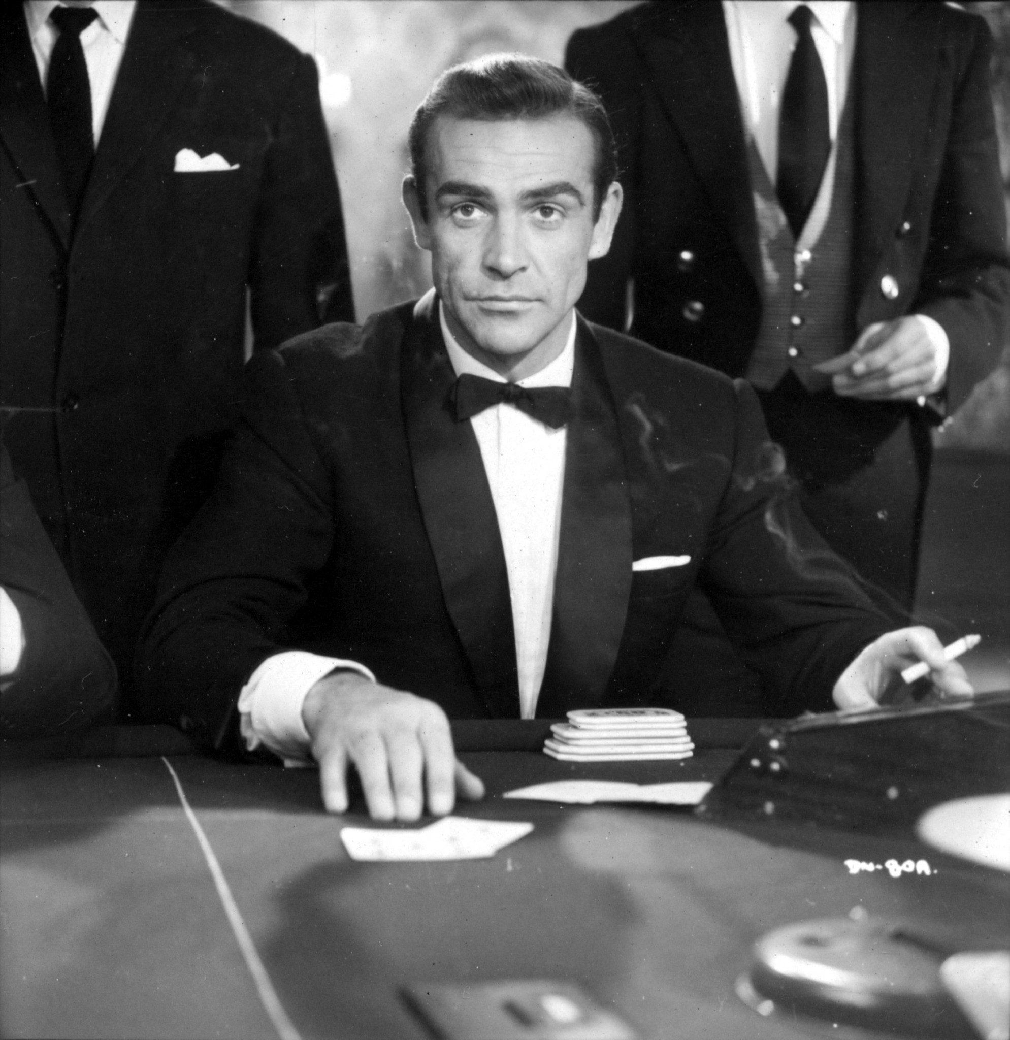 50 ans de style Bond-12