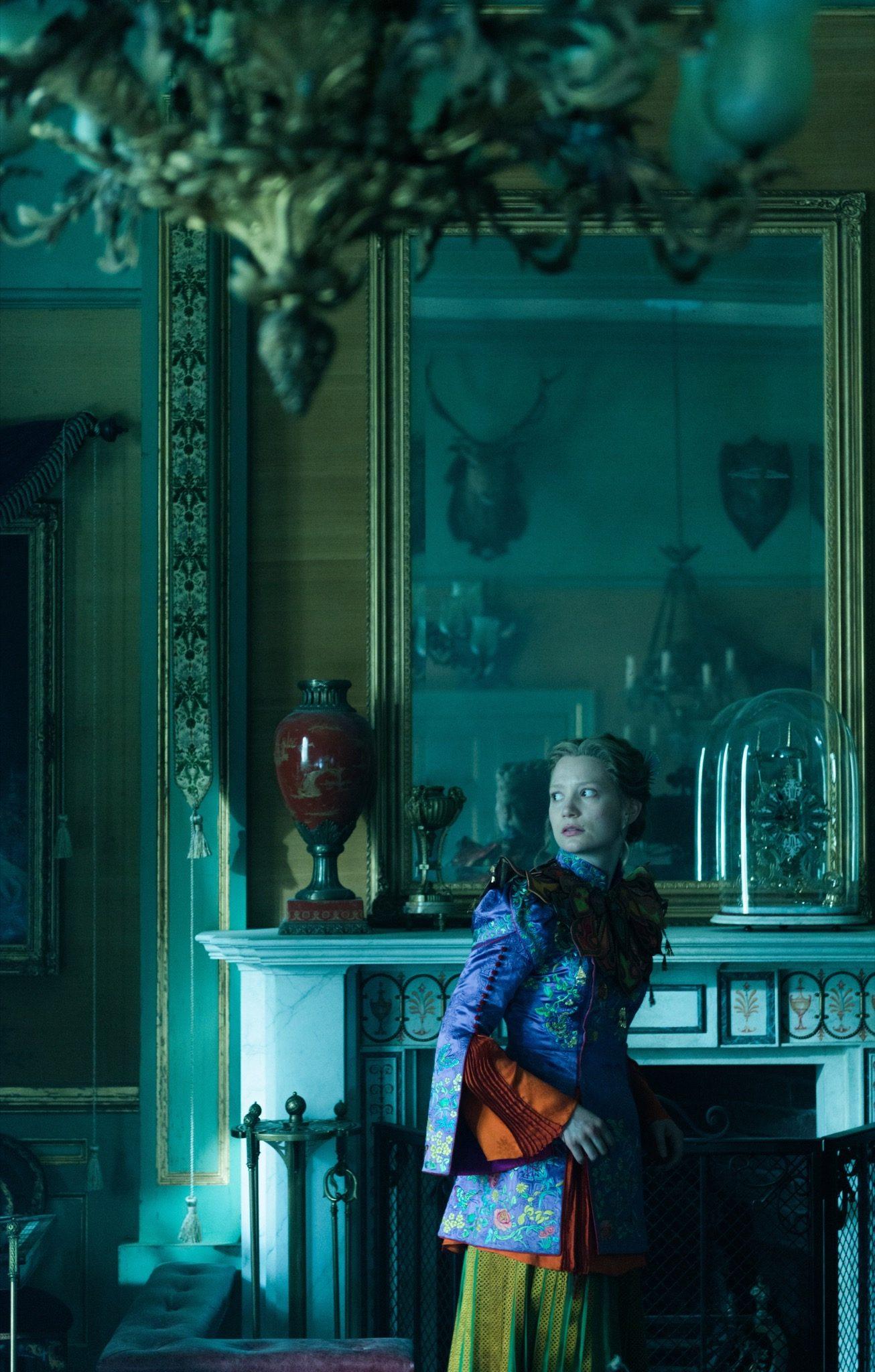 Alice de l'Autre Côté du Miroir imageAIW-01635sm