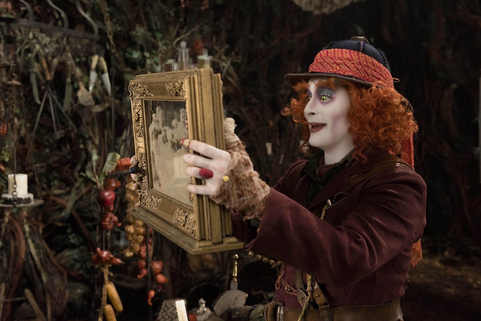 Alice de l'Autre Côté du Miroir imageAIW-04021Rsm