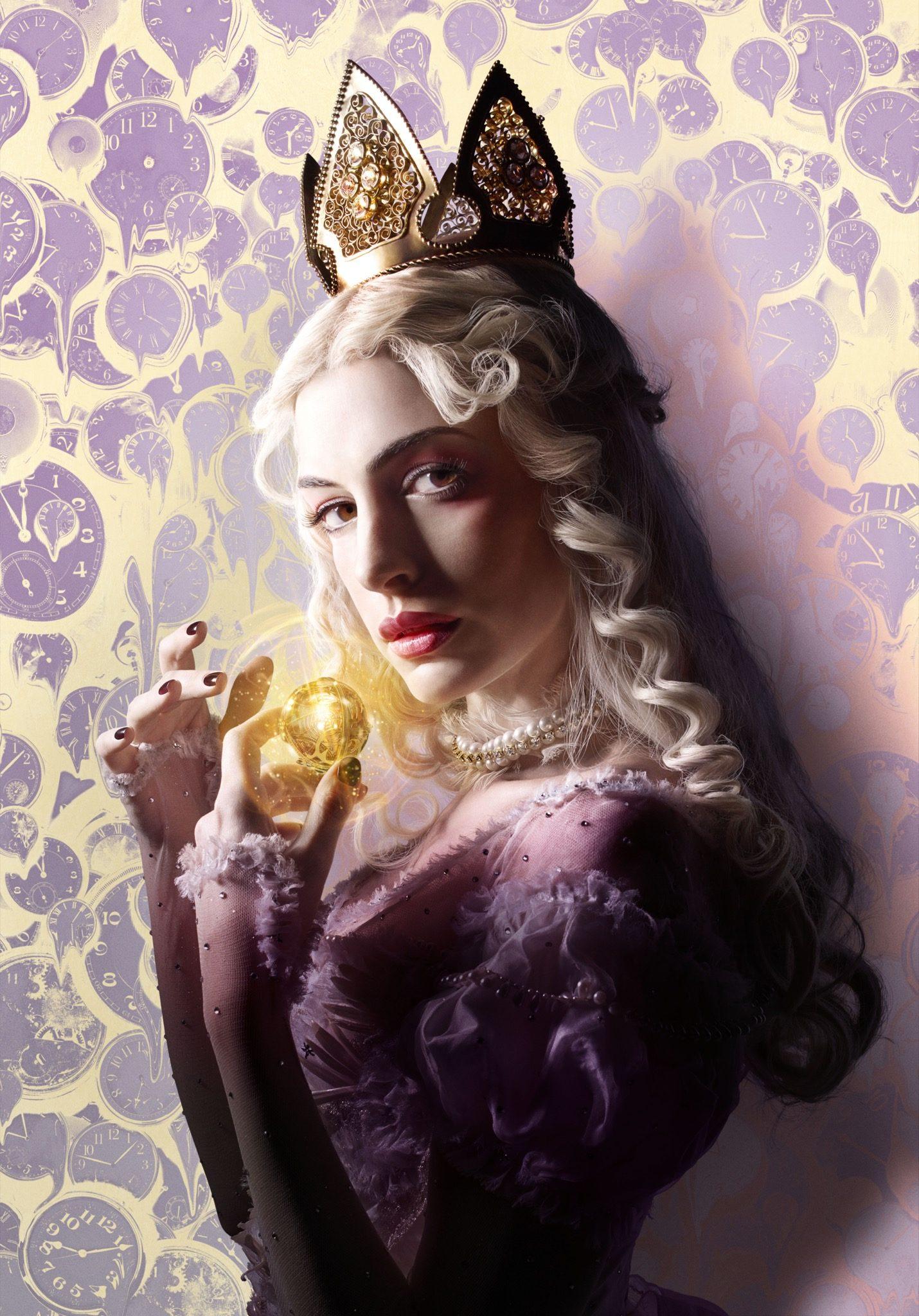 Alice de l'Autre Côté du Miroir imageATTLG_WHT.QUEEN_10-05-15_ArtOnly_FIN