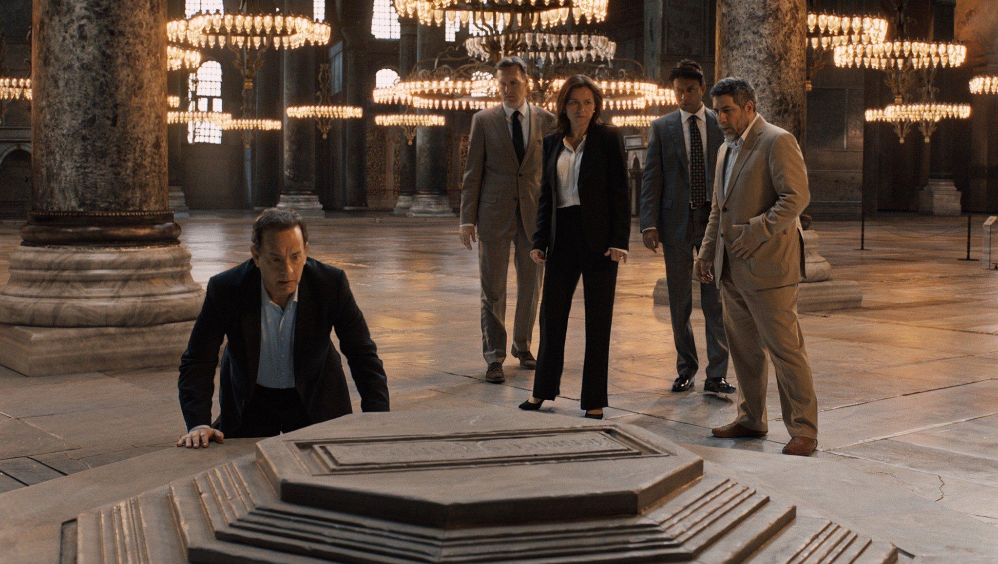 Inferno image Tom Hanks Sidse Babett Knudsen