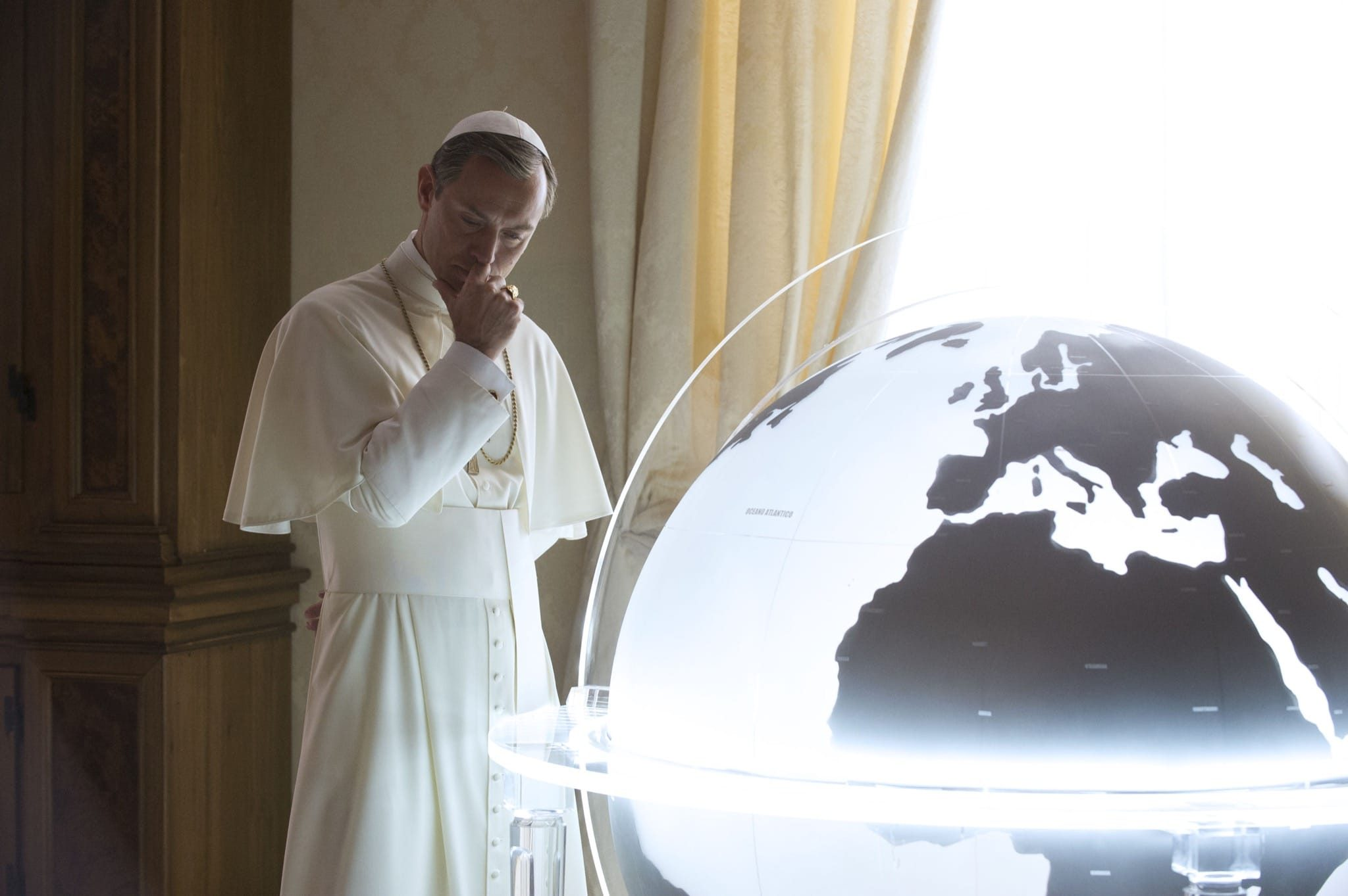 the-young-pope-saison-1-episode-3