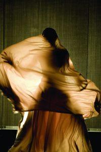 HÉLA FATTOUMI ÉRIC LAMOUREUX Manta image (c) Laurent Philippe