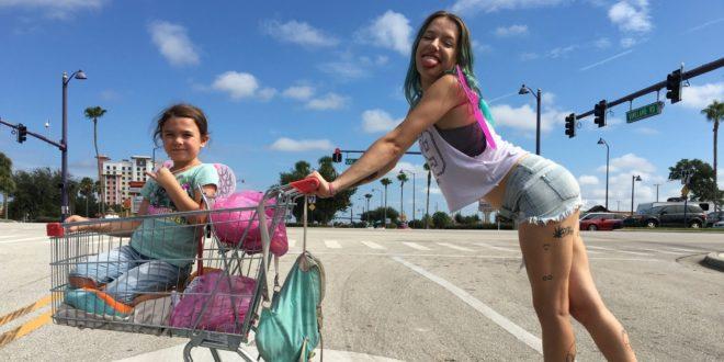 The Florida project critique photo