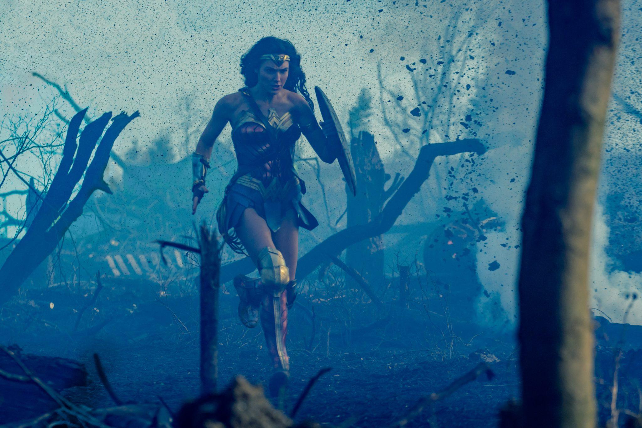 Wonder Woman critique photo film