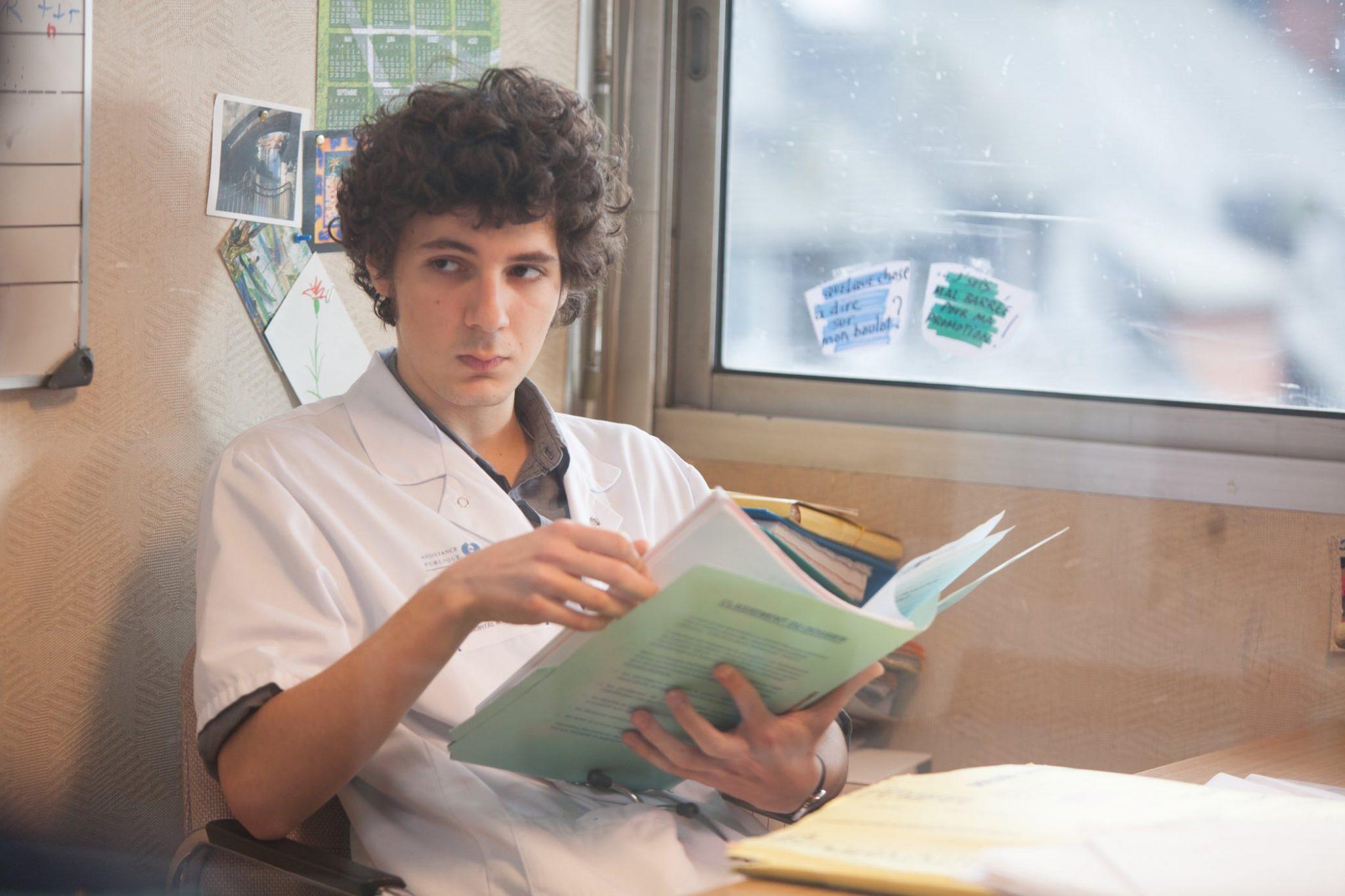 hippocrate image vincent lacoste