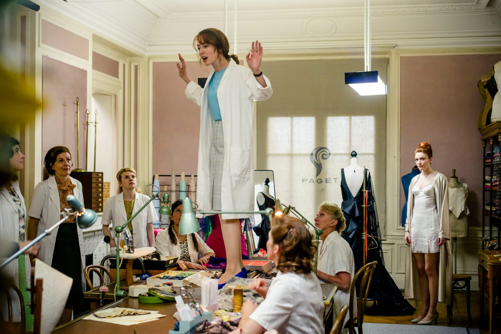 Les Petits Meurtres d'Agatha Christie épisode Crimes haute couture image 2