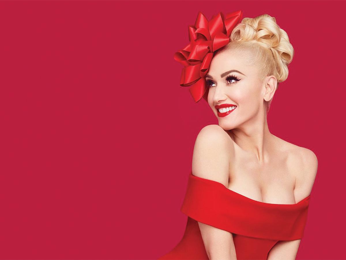 You Make It Feel Like Christmas Gwen Stefani critique
