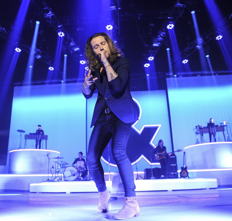 julien doré image concert Palais 12 Bruxelles image 05