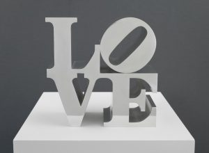 POP ART - ICONS THAT MATTER. COLLECTION DU WHITNEY MUSEUM OF AMERICAN ART image Robert Indiana LOVE