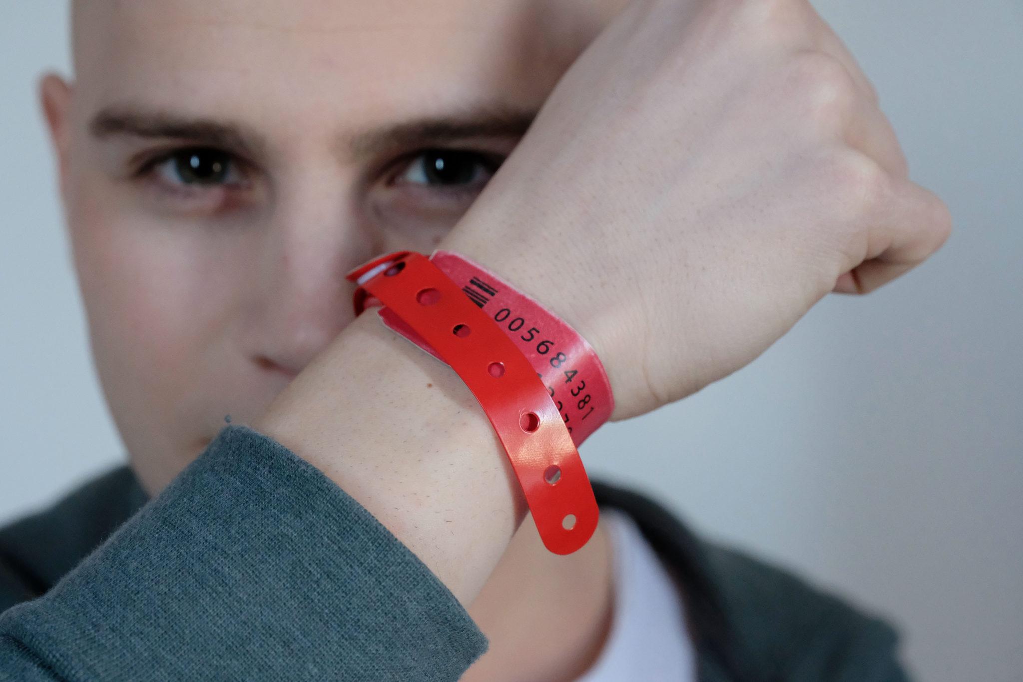 Les bracelets rouges saison 1 image 1
