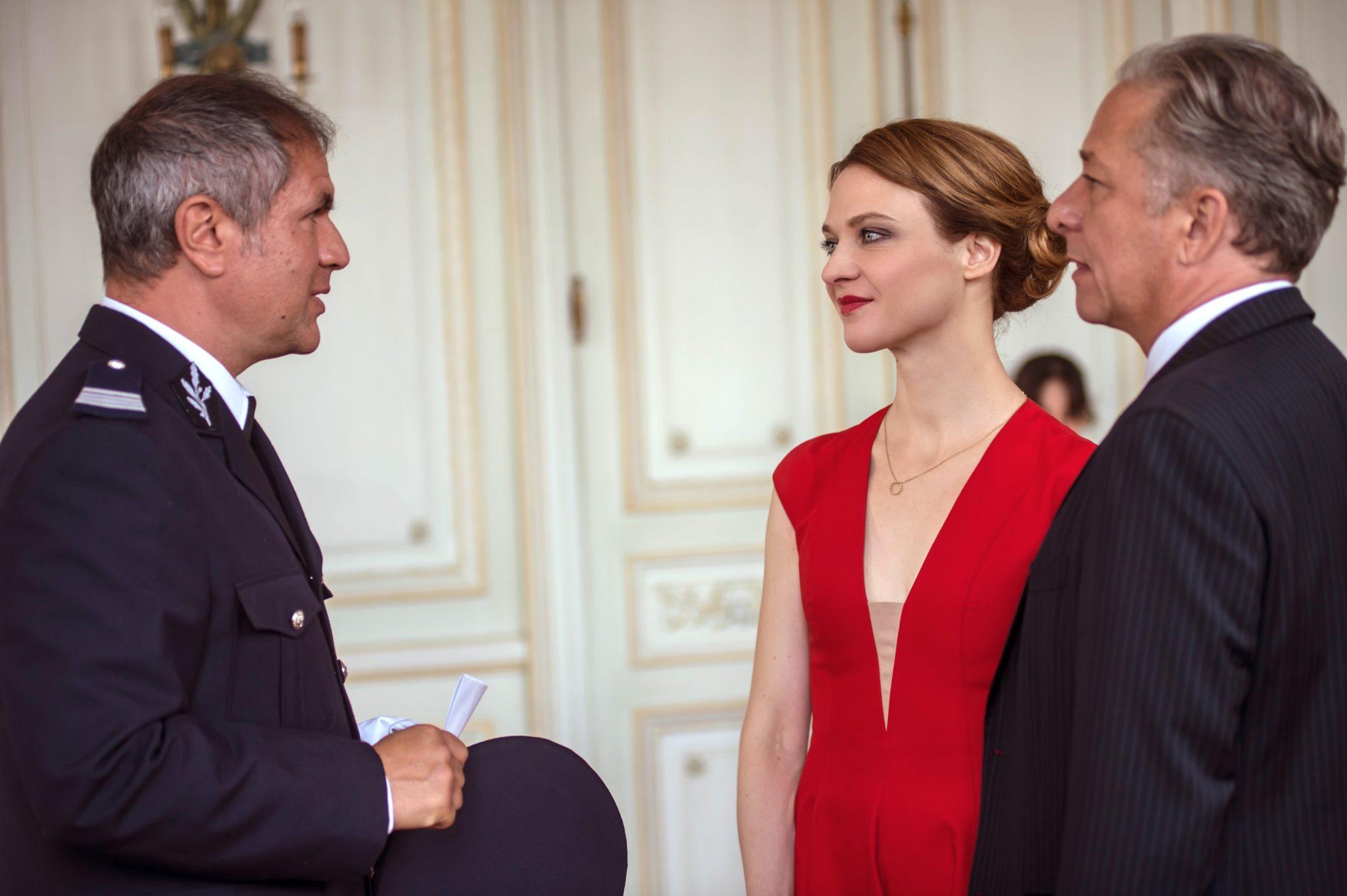 Né sous silence de Thierry Binisti image Odile VUILLEMIN et Nicolas BRIANÇON