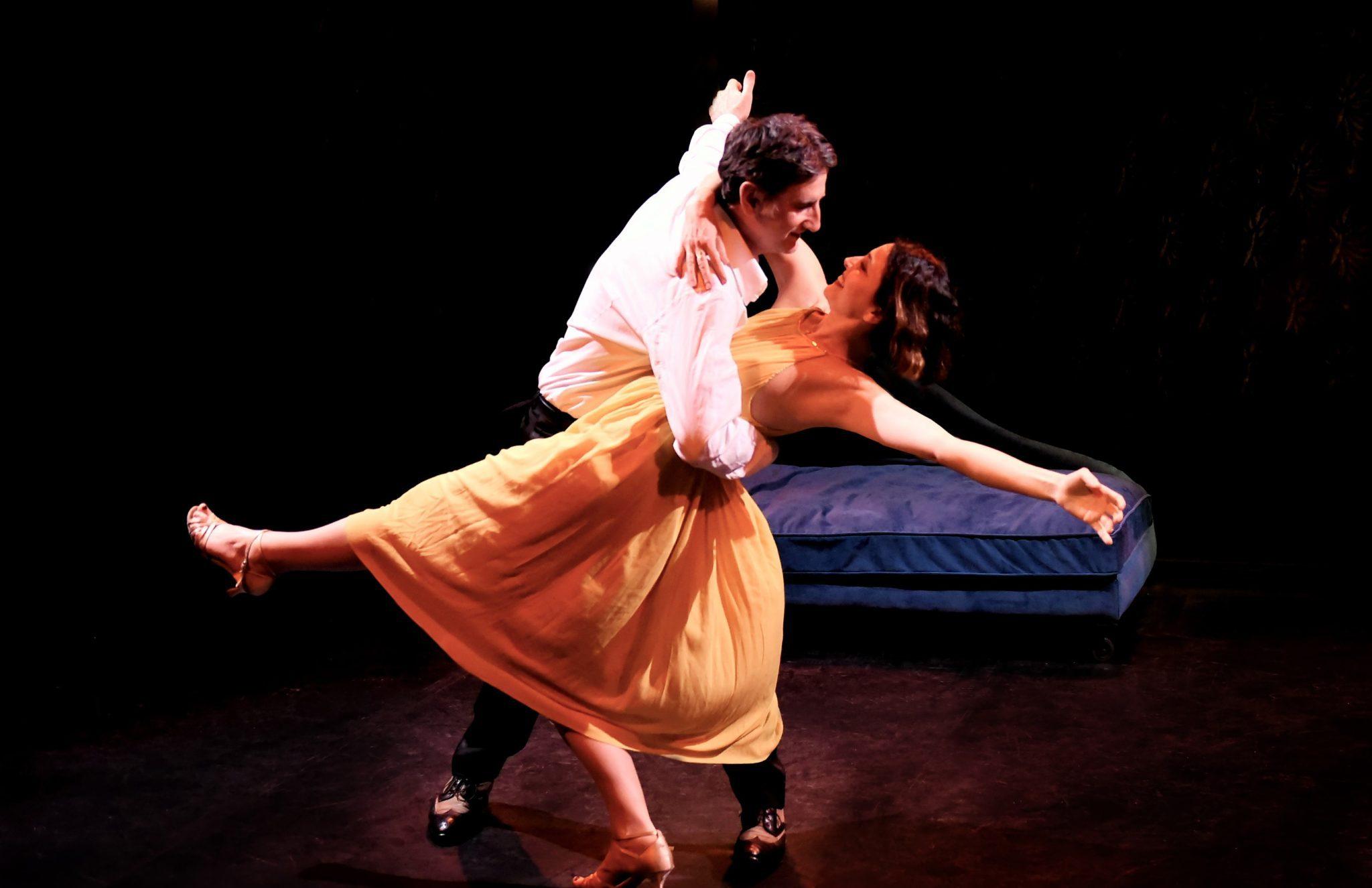 EN ATTENDANT BOJANGLES par Victoire BERGER PERRIN image danse (c) Evelyne Desaux