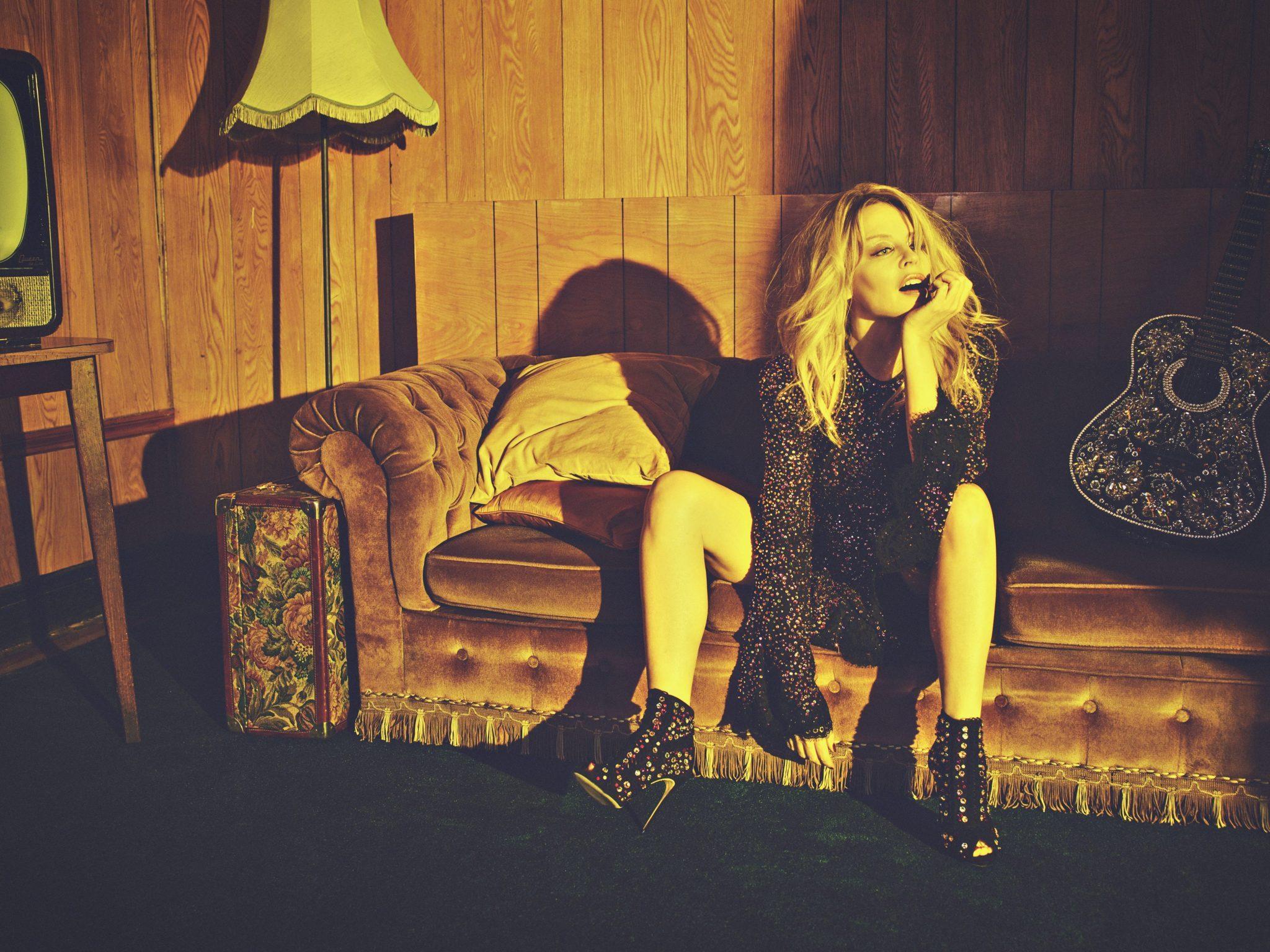 Kylie Minogue album GOLDEN image