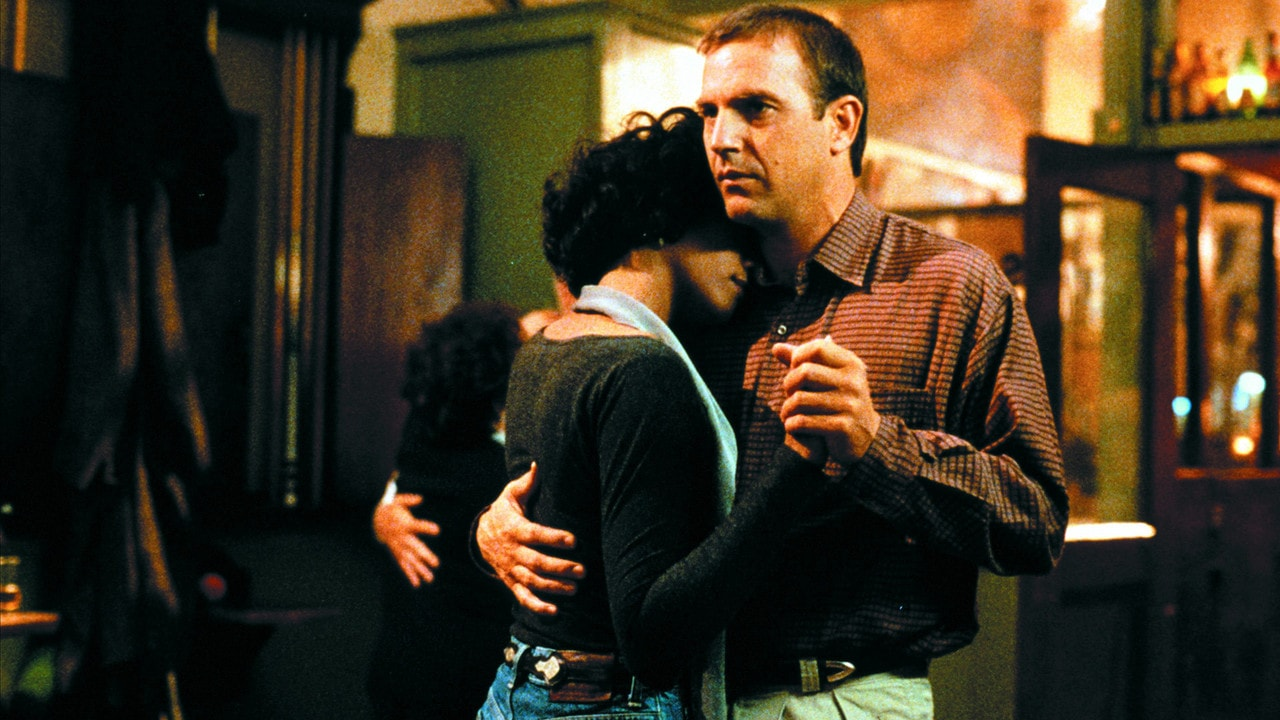 Whitney Houston et Kevin Costner dans le film Bodyguard