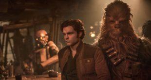 Alden Ehrenreich est Han Solo dans le film Solo: A Star Wars Story de Ron Howard
