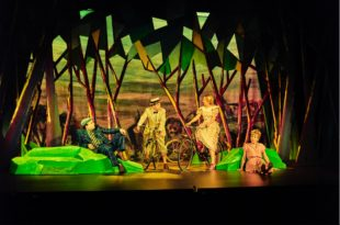 Fric Frac mise en scène Michel Fau avec Régis Laspalès et Julie Depardieu au Théâtre Antoine