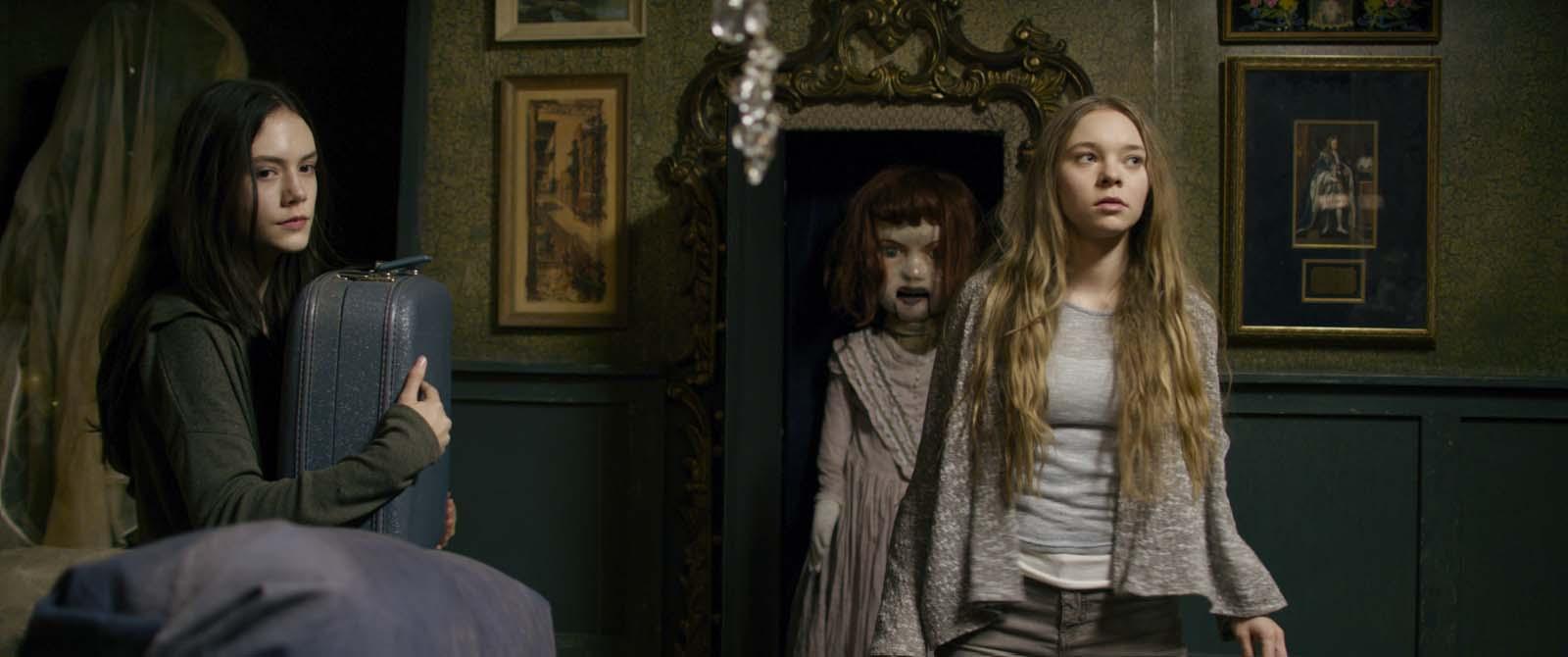ghostland critique film avis Photo Emilia Jones, Taylor Hickson