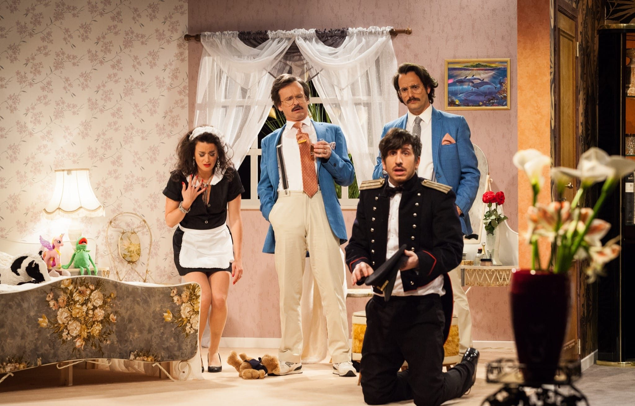 Les Feux de l'Amour et du Hasard par La Comédie Presque Française image théâtre