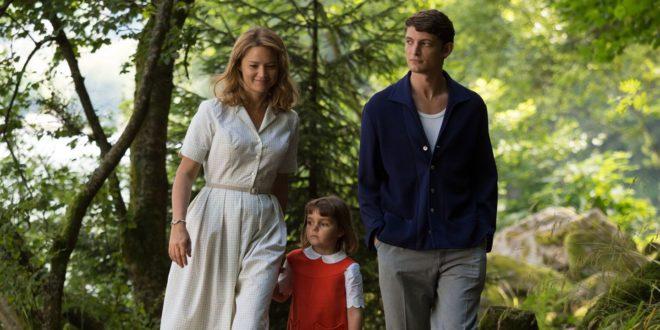 Un amour impossible Virginie Efira Niels Schneider photo critique avis film