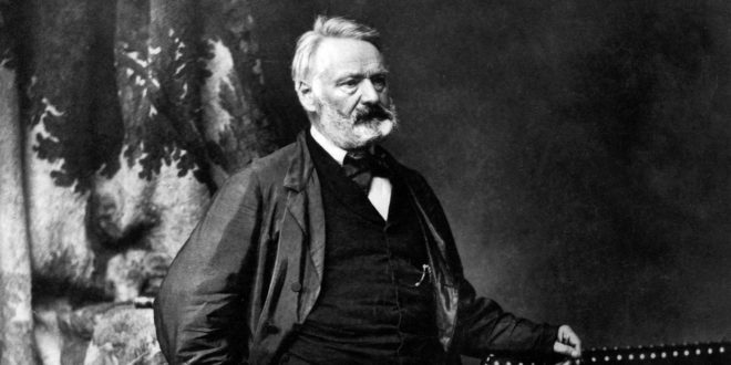 Victor Hugo, un siècle en révolutions de Jacques Lœuille image documentaire