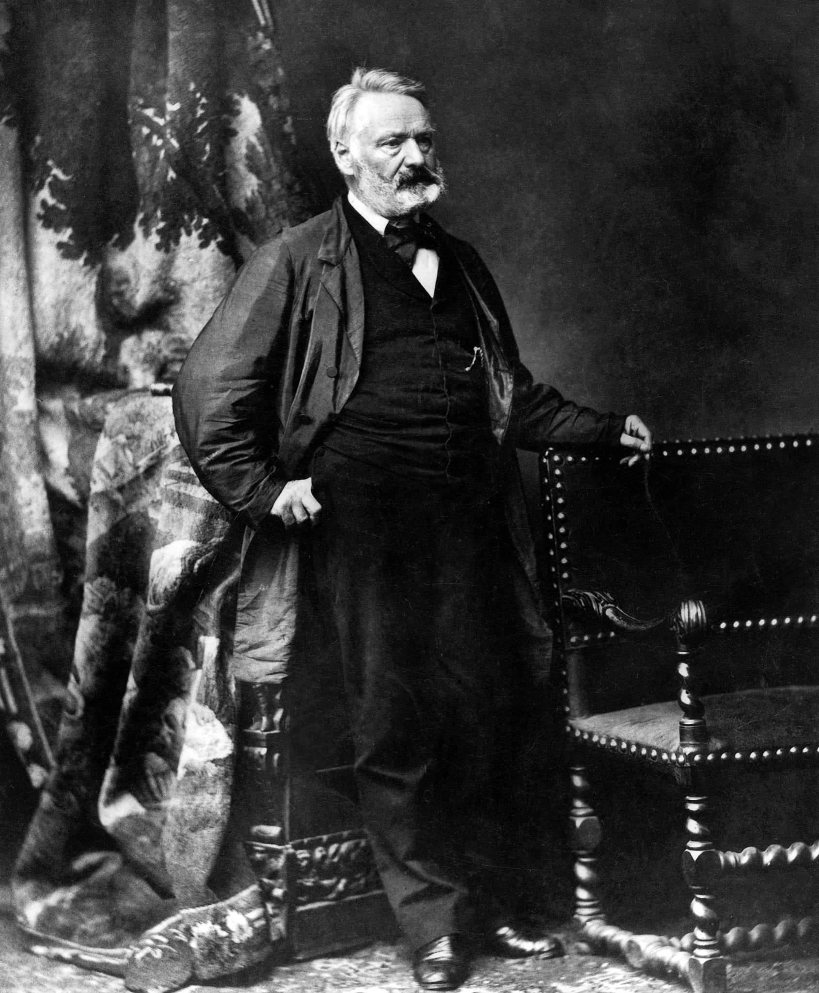 Victor Hugo, un siècle en révolutions de Jacques Lœuille image documentaire