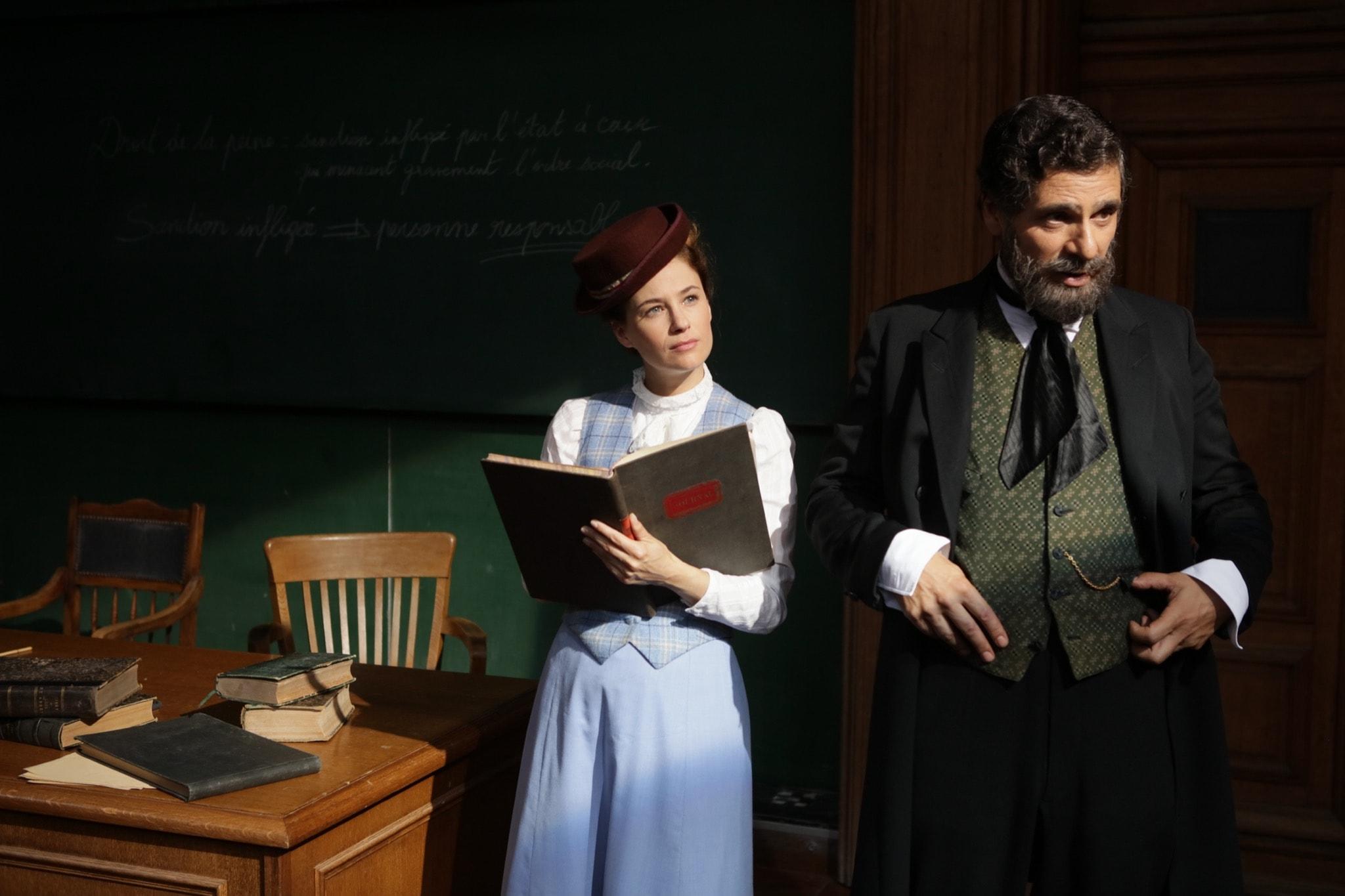 Mystère à la Sorbonne de Léa Fazer image téléfilm Mystère à Paris