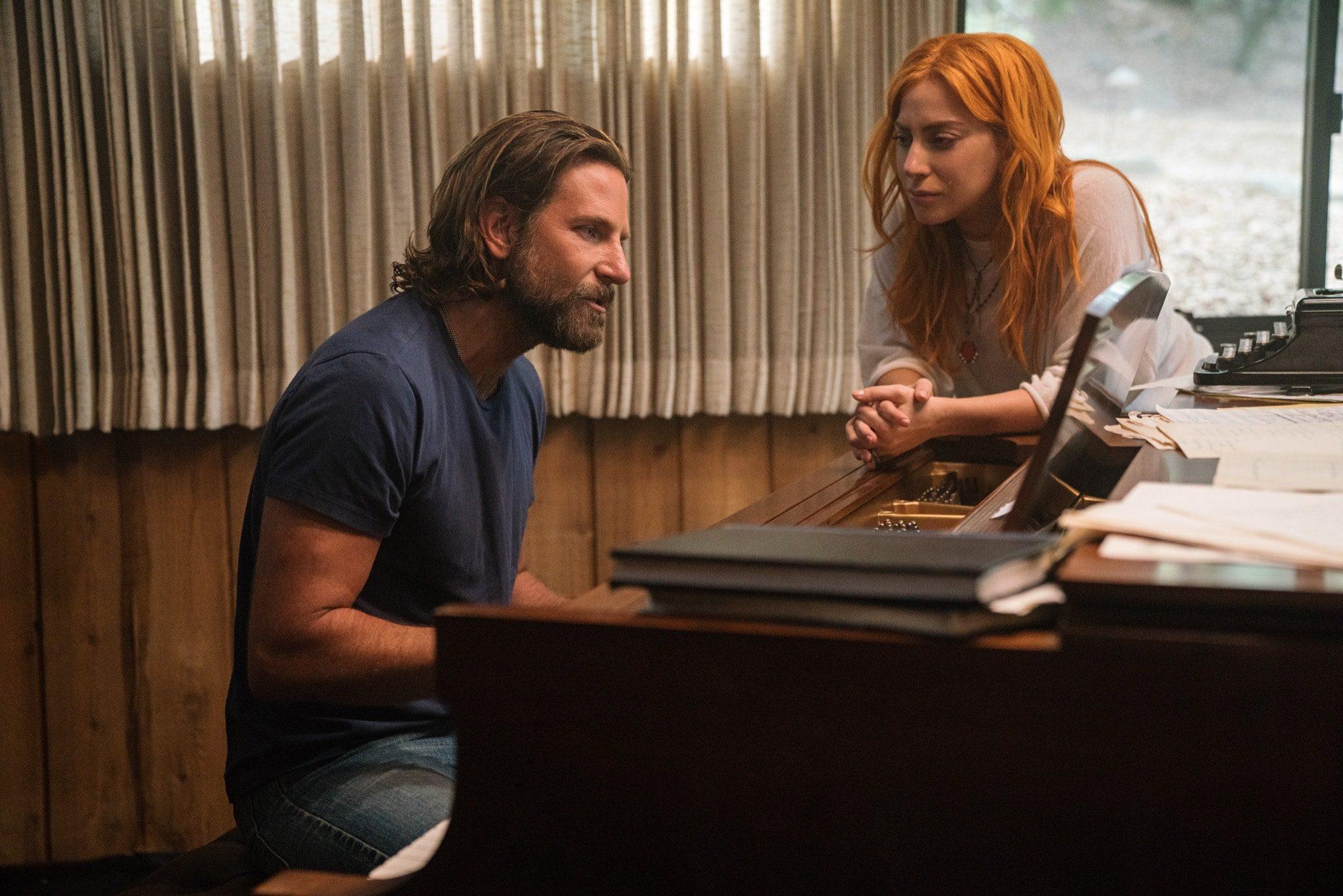 A Star Is Born de Bradley Cooper image Bradley Cooper et Lady Gaga film cinéma