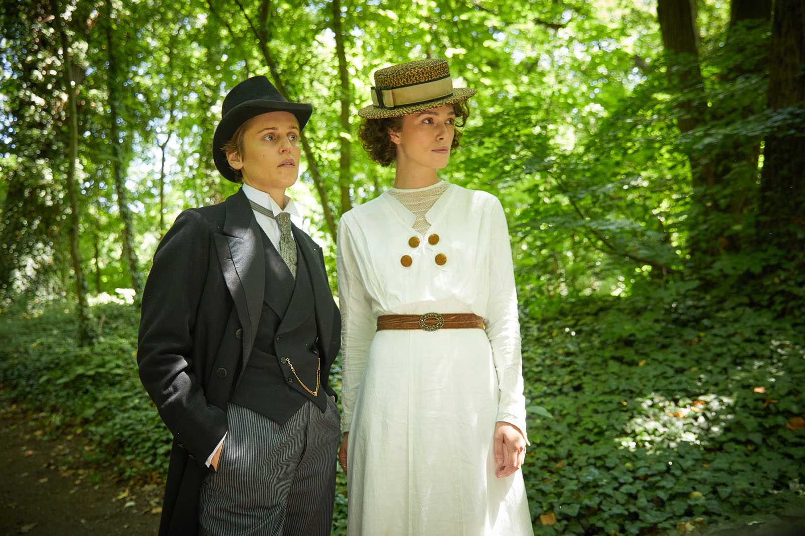 Colette critique photo avis cinema film Keira Knightley denise Gough