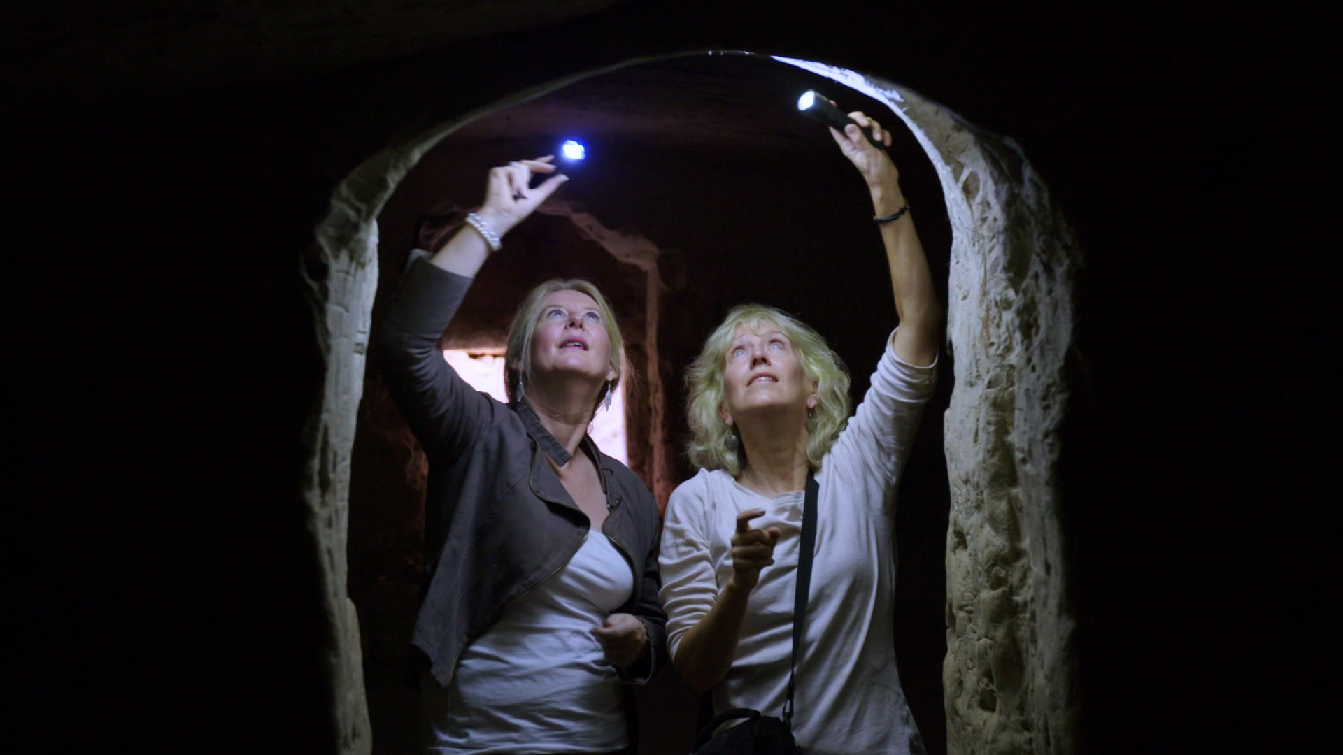 Les femmes disciples de Jésus d'Anna Cox image Helen Bond et Joan Taylor - The Salome Cave documentaire