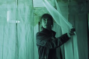 Héroïne(s)#2 Des cercles bleus et noirs par la Compagnie Les Passeurs image théâtre