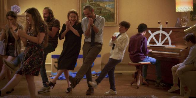 Fête de famille critique avis cinéma photo Catherine Deneuve Cédric Kahn vincent macaigne