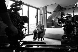 Haut les filles de François Armanet image film documentaire cinéma