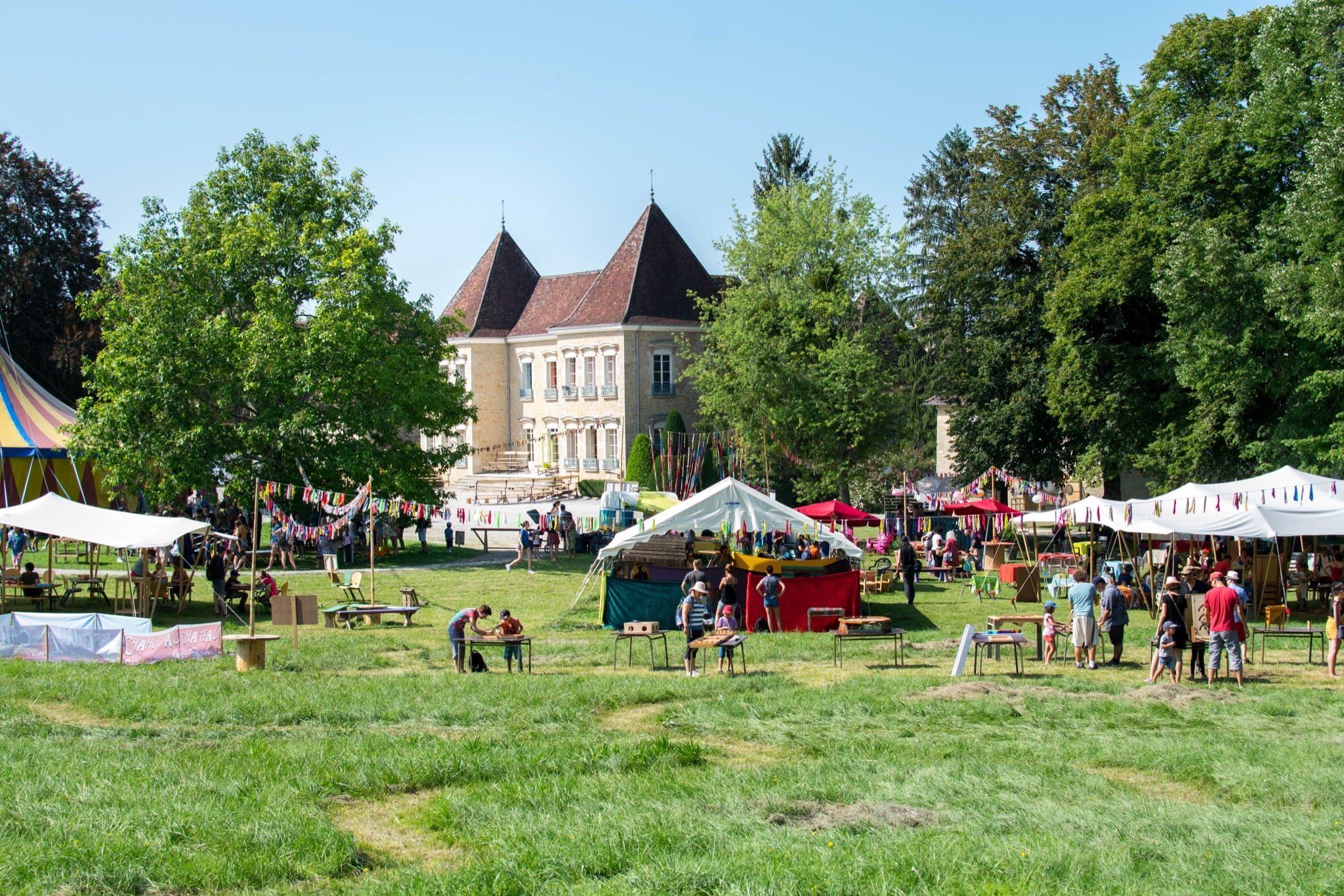 Chahut au Château image festival spectacles et animations