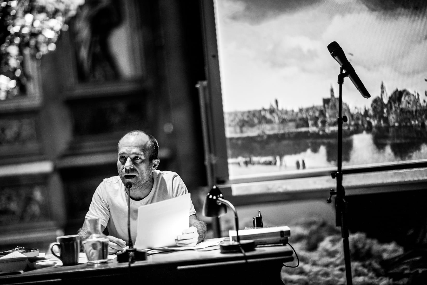 HOW DEEP IS YOUR USAGE DE L'ART ? (NATURE MORTE par Benoît Lambert, Jean-Charles Massera