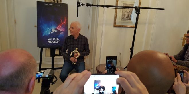 "Anthony Daniels alias C-3PO dans ""Star Wars"""