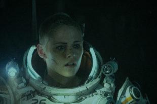 Underwater photo film 2020 Kristen Stewart