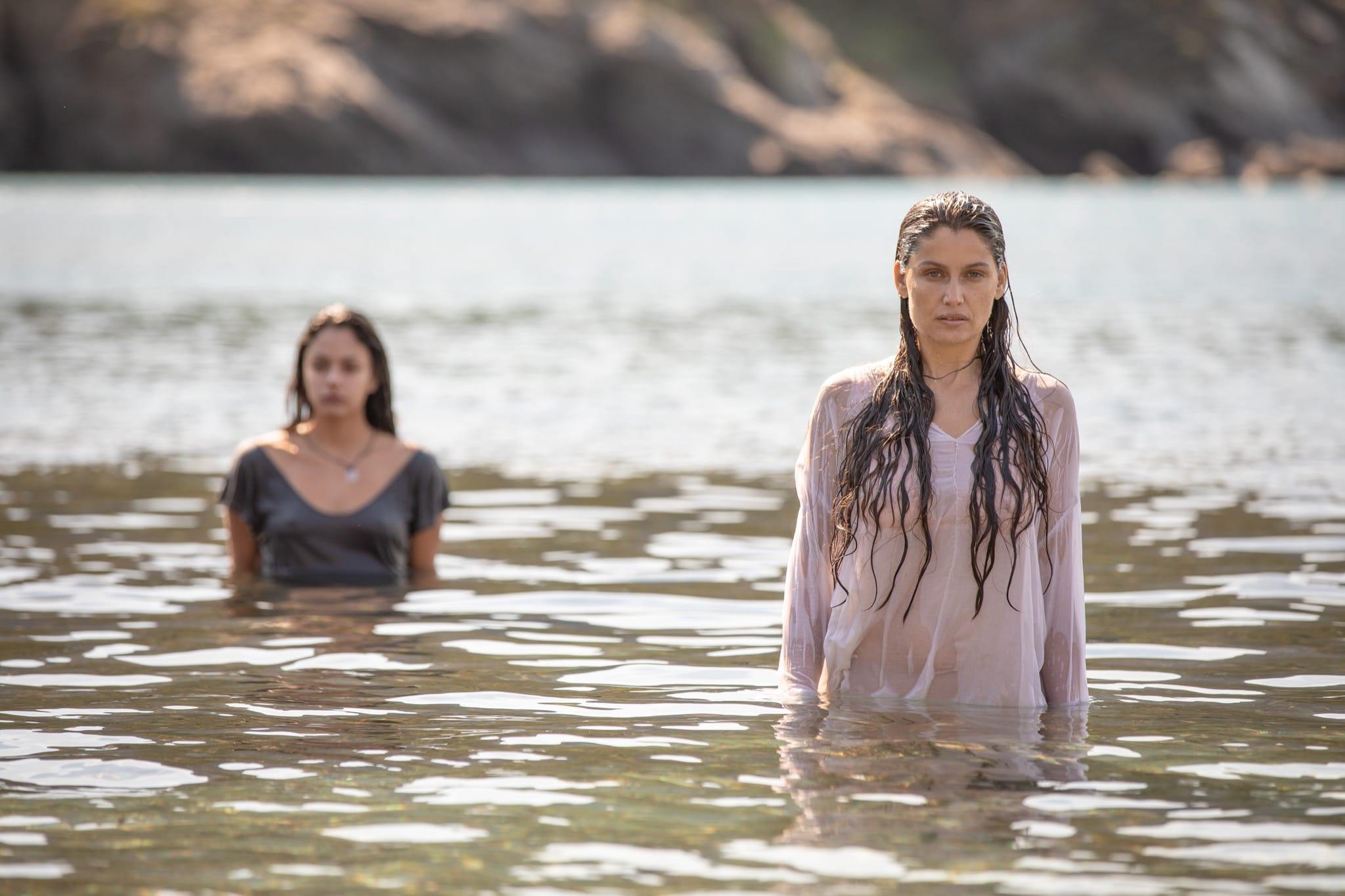 Une île 2019 image série télé