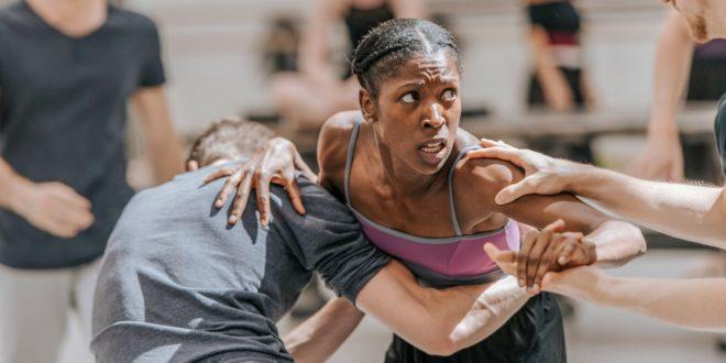 #MeToo entre dans la danse de Lena Kupatz et Lina Schienke image documentaire