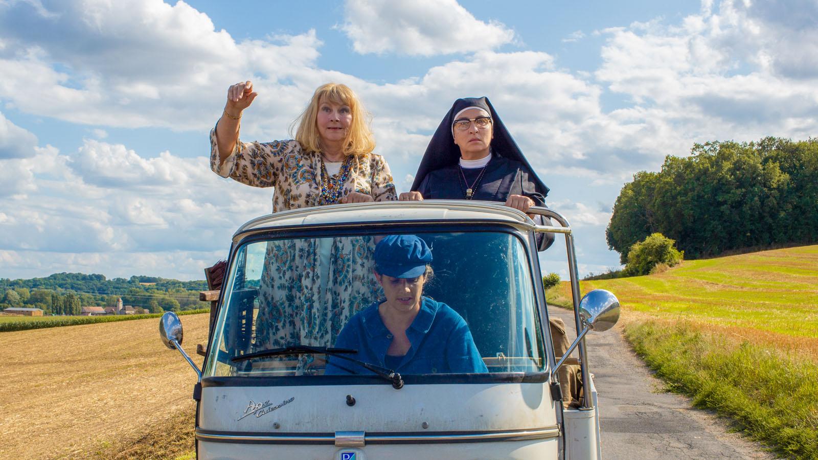 La Bonne épouse - Photo Noémie Lvovsky, Yolande Moreau critique film