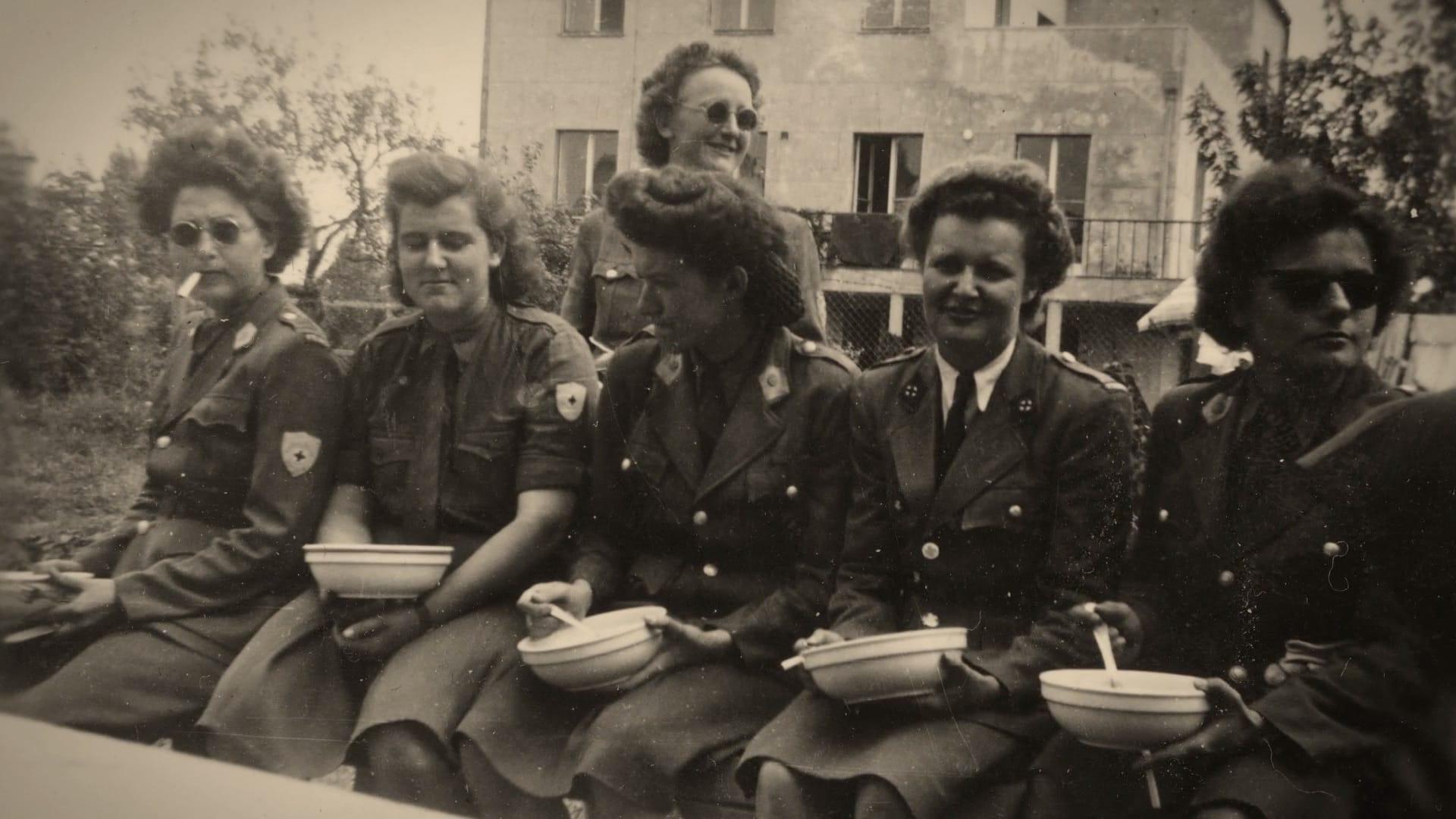 Les filles de l'escadron bleu image documentaire