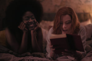 THE QUEENÕS GAMBIT (L to R) MOSES INGRAM as JOLENE and ANYA TAYLOR-JOY as BETH HARMON in episode 107 of THE QUEENÕS GAMBIT Cr. COURTESY OF